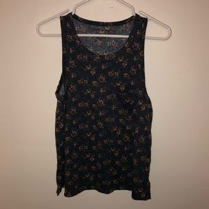 American Eagle Ditzy Floral Pocket Tank Top